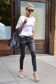 Who: Rosie Huntington-Whiteley What: A Lace Tee Why: The model effortlessly melds boho and edgy styles to come up with one streamlined summer look. Get the look here. Mode Outfits, Chic Outfits, Summer Outfits, Look Street Style, Model Street Style, Edgy Style, Mode Style, Lace Tee, Rosie Huntington Whiteley