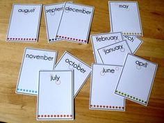 pour cette série, les fiches portent le nom des mois...