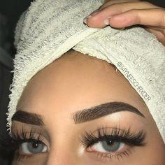 - Best Eyelash Extensions: Long Eyelash Extension Styles, Application Tutorials & Care - Eye Make up Makeup Inspo, Beauty Makeup, Eye Makeup, Hair Makeup, Makeup Tips, Makeup Ideas, Prom Makeup, Makeup Products, Makeup Geek