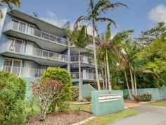 gold coast burleigh point holiday apartments australia pacific rh pinterest com