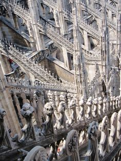 Milano, Italia Beauty Around The World, Around The Worlds, Flying Buttress, Medieval, Monuments, Gothic Architecture, Built Environment, Gothic Art, Middle Ages