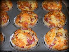 Briose cu bacon si cascaval - MyBisque Muffin, Bacon, Homemade, Dining, Cooking, Breakfast, Food, Recipies, Projects