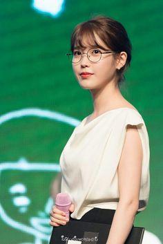 IU 160918 8th Debut Anniversary FM Korean Girl, Asian Girl, Iu Hair, Cute Beauty, Korean Artist, Celebs, Celebrities, Korean Beauty, Korean Singer