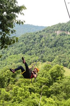 5. Horseshoe Canyon Ranch: Located in Jasper, Arkansas, this family dude ranch features horseback riding, canoeing on the Buffalo River, and a wealth of other thrilling outdoor activities.