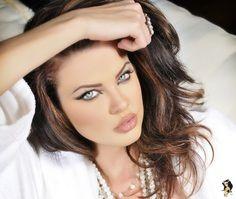 Yüz 1544 Dana Hamm, büyük, yüz, dudaklar, güzel, ücretsiz resim dosyası - AzImage.com