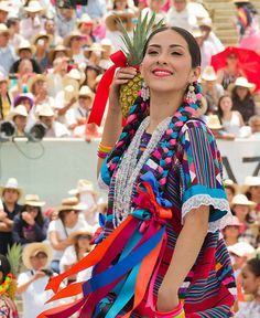 Traditional Mexican clothing, photos by Diego Huerta and 2 are women in traditional Tehuana headdresses) Mexican Costume, Mexican Outfit, Mexican Dresses, Mexican Traditional Clothing, Traditional Dresses, Mexican Clothing, Mexico Style, Mexico Art, Art Chicano
