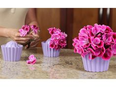 Cupcake Vase from Fleur Daily - I totally need these for my cupcake theme Kitchen!