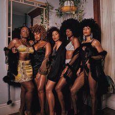 beautiful black women models in bathing suits Black Girls Rock, Black Girl Magic, Cabello Afro Natural, Beautiful Black Girl, Brown Skin Girls, Black Girl Aesthetic, Black Power, African Beauty, Beautiful People