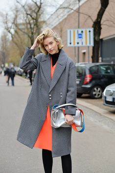 zanita-tibi-marimekko-streetstyle-bold-colour-dress-fashion-style-fendi-bag-silver-detail