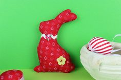 Easter Bunny, My Etsy Shop, Christmas Ornaments, Sewing, Decoration, Holiday Decor, Unique Jewelry, Handmade Gifts, Check