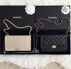 Wishlist: Chanel Boy Wallet on a chain This is the perfect evening / multifunctional bag. You can wear it as a clutch as well. And compared to other Chanel bags, it is a little bit less expensive. Luxury Bags, Luxury Handbags, Designer Handbags, Designer Bags, Luxury Designer, Chanel Handbags, Purses And Handbags, 2017 Handbags, Leather Handbags
