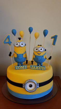Minions :] - Cake by sandram. ,Minions :) - Cake by sandram, Torta Minion, Bolo Minion, Fondant Minions, Minions Minions, Minions Quotes, Funny Minion, Funny Jokes, Twin Birthday Cakes, Homemade Birthday Cakes
