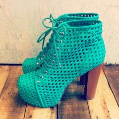New Jeffrey Campbell + UO exclusive. Raadaaaad. - via Urban Outfitters    LOVE THESE OMG GORGEOUS !