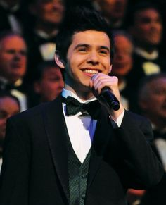 David Archuleta.  Mormon Tabernacle Choir Christmas concert, December 2010. From rhiminee, who reblogged from peacelovedavid.