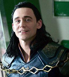 Read ➲Imagine [Loki] from the story Marvel Loki Thor, Loki Laufeyson, Loki Gif, The Avengers, Avengers Memes, Tom Hiddleston Imagines, Tom Hiddleston Loki, Marvel E Dc, Marvel Avengers