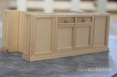 Kitchen Island Tutorial by Paper Doll Miniatures THIS IS A GREAT TUTORIAL!
