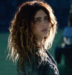 Luna #the100 The 100 Cast, The 100 Show, The 100 Luna, Nadia Hilker, The 100 Characters, Face Characters, Watch The World Burn, Penelope, Bellarke