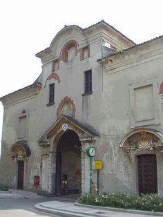 Abbazia di Chiaravalle a Milano - ingresso al sagrato.