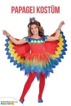 Das Farbenfrohe Papageien Kostüm für Mädchen besteht aus einem roten, schulterfreien Kleid mit mehrlagigem, bunten Tüllbesatz sowie imposanten Flügeln, die mittels Schlaufen an den Fingern befestigt werden. Abrundend ist der Haarreif mit niedlichem Papageien-Kopf. Bunter können Kostüme kaum sein. Ein aufregendes und freches Kostüm für diverse Kostümveranstaltungen. #tierkostüm Animal Fancy Dress Costumes, Fancy Dress Outfits, Tutu Costumes, Christmas Fancy Dress, Halloween Fancy Dress, Halloween Outfits, Fairy Fancy Dress, Ladies Fancy Dress, Girl Clothing