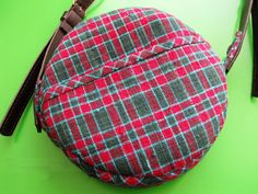 Round Bag with Strap Tutorial ~
