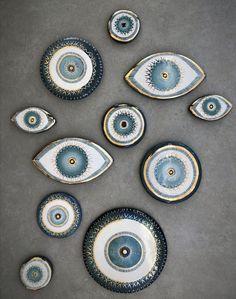 Painted Ceramic Plates, Ceramic Clay, Ceramic Pottery, Pottery Art, Hamsa, Pencil Art Love, Evil Eye Art, Pottery Sculpture, Pottery Studio