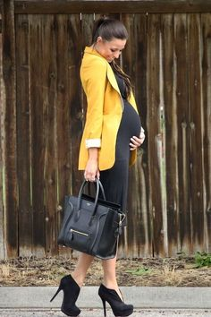 Maternity Business Attire - Would be a perfect outfit for EY. women that pregnant don't want to wear heals. Maternity Business Attire - Would be a perfect outfit for EY. women that pregnant don't want to wear heals. Maternity Work Clothes, Cute Maternity Outfits, Pregnancy Outfits, Maternity Wear, Maternity Fashion, Maternity Style, Pregnant Clothes, Pregnant Tips, Maternity Business Casual