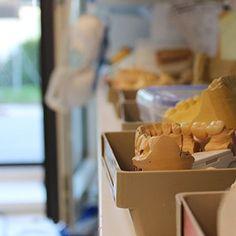 Kronen und Brücken Dairy, Ice Cream, Desserts, Food, Tooth Caries, Crowns, Sherbet Ice Cream, Meal, Deserts