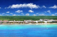 Sunscape Sabor Cozumel Resort & Spa - Fronting the largest resort beachfront on the island, this all-inclusive resort looks out on the Mexican Caribbean and is just a short boat ride from the island's main reefs.