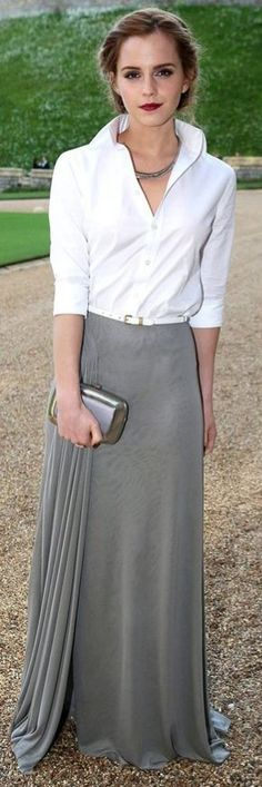 I love this look. This is such a simple, sophisticated, classy, polished, yet elegant look. So country club. Great job Emma Watson! Now to find a maxi skirt like this that a normal person can afford. Lol