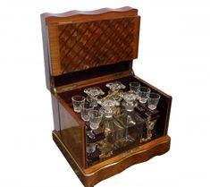 Cave à liqueur Napoléon III carafes et verres en cristal