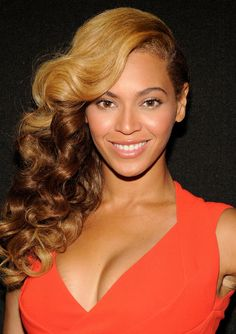 Beyonce at the Super Bowl XLVII Halftime Show press conference. See her whole hair history from 2013!
