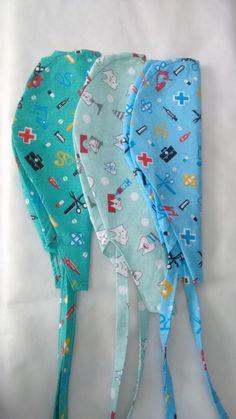 Pin on Artes Pin on Artes Crochet For Kids, Diy Crochet, Bandanas, Scrub Hat Patterns, Bonnet Pattern, Surgical Caps, Couture Sewing, Scrub Hats, Textiles