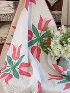 "Vintage Cottage Home 1930-40s Pink Tulips Appliqued QUILT 73x54"""