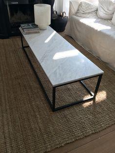 Salontafel massiefstalen frame en wit marmer