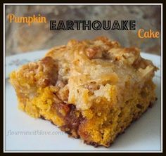 pumpkin-earthquake-cake 1 box of white cake mix (you DO NOT need the ingredients on the box) 1 tsp. pumpkin pie spice 1 15 oz can of pumpkin puree C butter 8 ounces cream cheese, softened 1 tsp. vanilla 2 C powdered sugar 1 C butterscotch chips Fall Desserts, Just Desserts, Delicious Desserts, Sweet Recipes, Cake Recipes, Pumpkin Dessert Recipes With Cake Mix, Recipes With Canned Pumpkin, Easy Pumpkin Recipes, Brownies