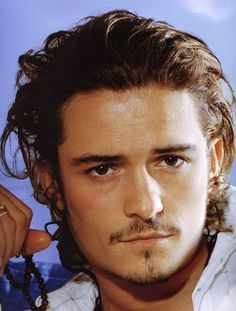 The Ultimate Orlando Bloom Fan Club 37 - Page 2