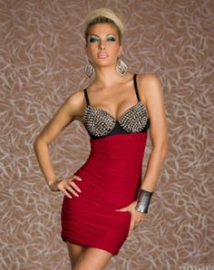 Silver Rivet Bra Red Clubwear Item No. : W3048C Weight : 0.4 KG Goods click count: 101 Market Price : US$ 15.66 Sales Price : US$ 8.95