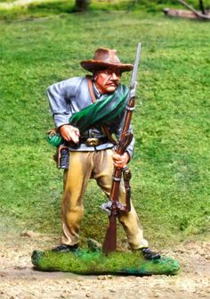 CIVIL WAR CONFEDERATE CS00826 REBEL BUTTERNUT RELOADING - Price: $36.90  Collectors Showcase Military Miniatures and Models. Factory made, hand assembled, painted and boxed in a padded decorative box. Excellent gift for the enthusiast.