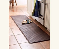 - would love to have a chef's gel pro kitchen mat over our kitchen tile Kitchen Tile, Kitchen Utensils, Kitchen Mats, Kitchen Must Haves, Kitchen Ideas, Kitchen Stuff, All White Kitchen, Kitchen Tools And Gadgets, Kitchen Essentials