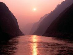 Yang Tze, ou Chang Jiang, um dos maiores rios da China e cenário de batalhas épicas na antiguidade - do blog Sun Tzu e A Arte da Guerra (http://www.suntzulives.com/).
