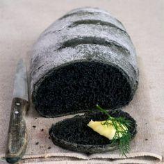 Vegetable Charcoal Bread - by Carina Unique Recipes, Raw Food Recipes, Vegetarian Recipes, Charcoal Bread, Charcoal Recipe, Black Food, Bread And Pastries, Dessert Bread, Bread Baking