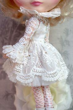 For Marietta ≈ White Symphony ≈ | por Kikihalb ♧ Forest~Tales ♧