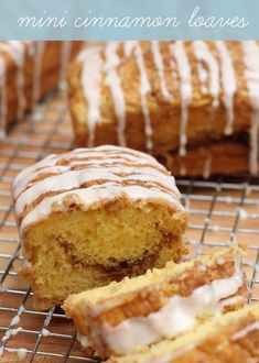 A sweet and non-yeast recipe for Mini Cinnamon Bread - a delicious cake mix base with cinnamon and glaze that the whole family will love. Mini Loaf Cakes, Mini Bread Loaves, Loaf Recipes, Cake Recipes, Dessert Recipes, Bread Cake, Dessert Bread, Holiday Baking, Christmas Baking