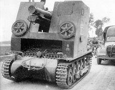 15 cm s.IG 33(Sf) auf Panzerkampfwagen I Ausf. B « Bison »… | Flickr