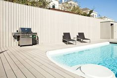 Pool terrace of a private house in Vienna. Decking made from UPM ProFi Deck.