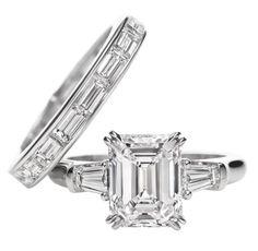 Classic Winston, Emerald-cut Ring