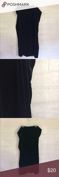 Black Velour Velvet Skirt Long Plus Margie Barnes Great condition 🌒 90% polyester, 10% spandex 🌒 Ankle length Maxi Margie Barnes Skirts Maxi