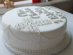 holy communion cake by Jill The Cakemaker, via Flickr