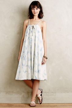 Shop the Chambray Swing Dress and more Anthropologie at Anthropologie today. Read customer reviews, discover product details and more.