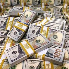Mo Money, Earn Money, Make Money Online, How To Make Money, Money On My Mind, Dollar Money, Money Pictures, Money Stacks, Rich Money